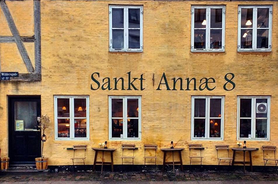 SANKT ANNÆ 8